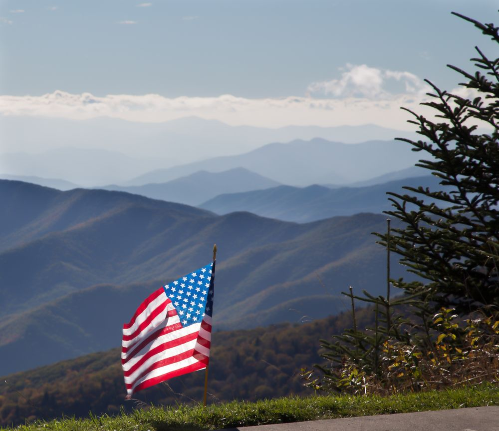 Colonial Properties Great Smoky Mountains In 2019 Smoky
