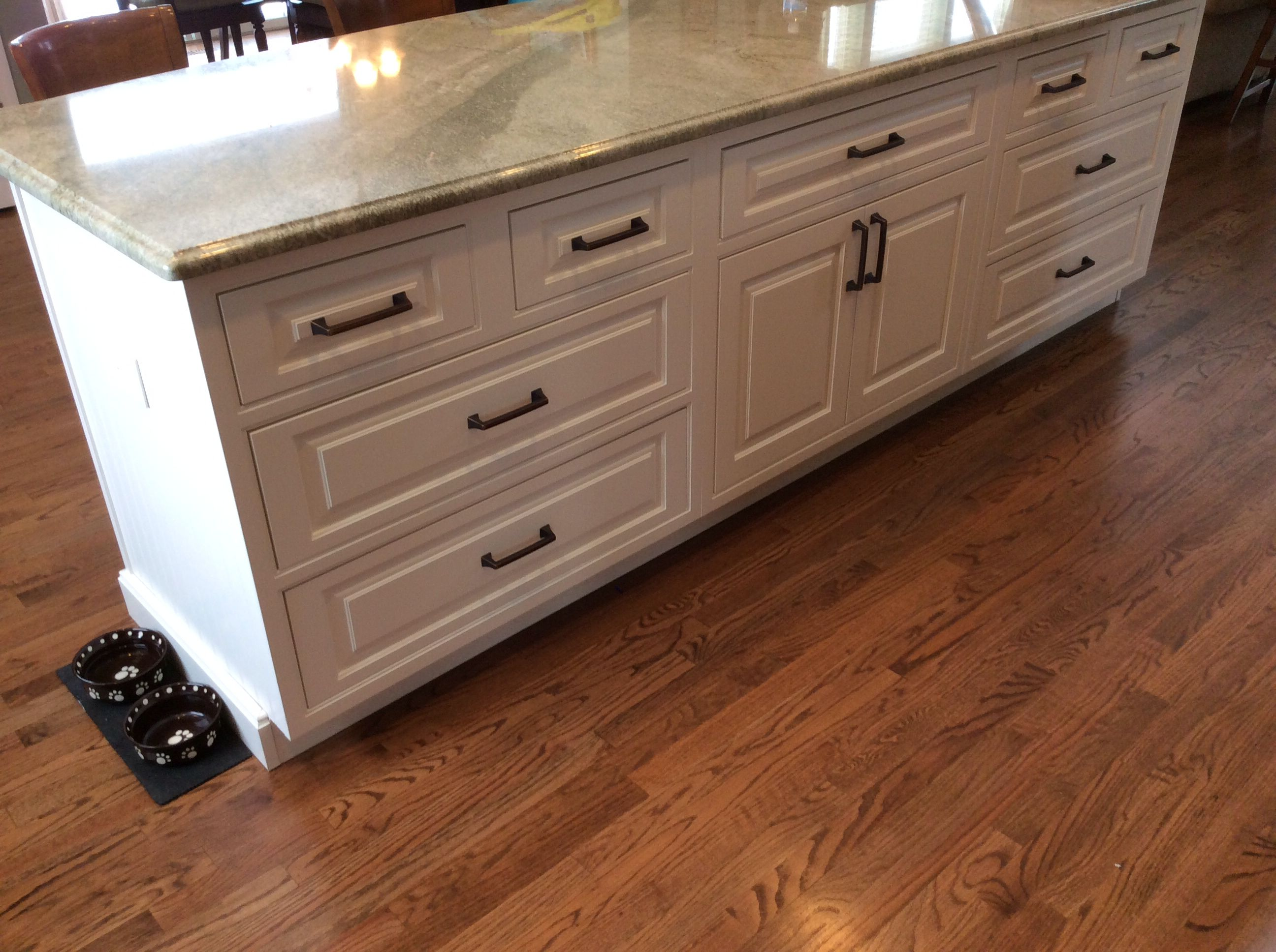 shiloh oxford soft white beaded inset cabinets