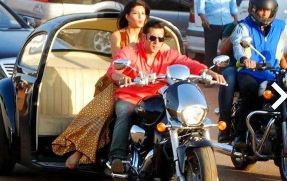 Salman's entry in Kick leaked! - read complete review click here.... http://www.thehansindia.com/posts/index/2014-07-02/Salmans-entry-in-Kick-leaked-100388
