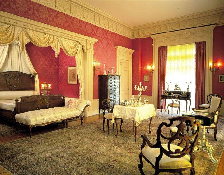 Colonial Chamber Virtual Tour Discount Bedroom Furniture Floor