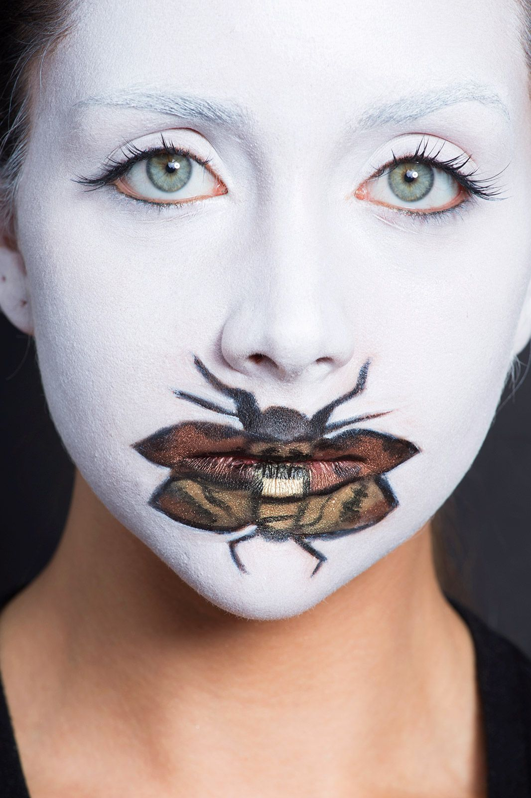 6 No-Clothes-Required Halloween Costumes | Horror film, Halloween ... for Lamb Face Paint  299kxo
