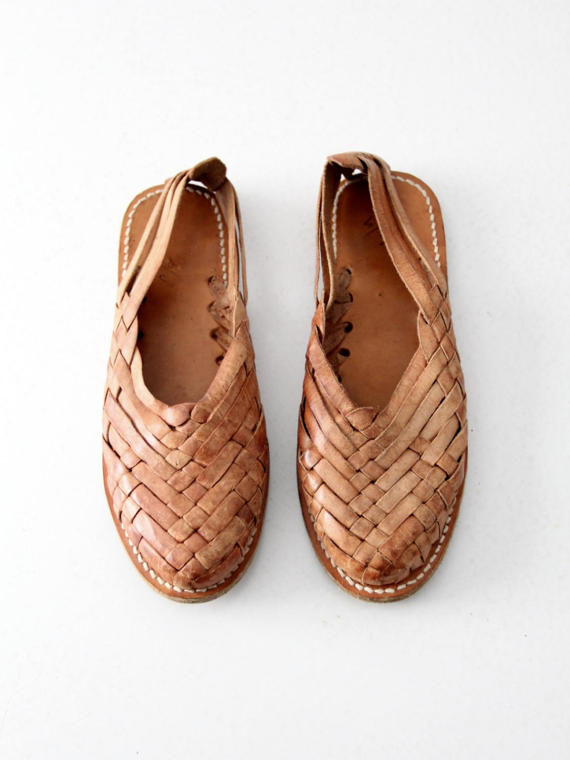 d66fe64da2a82 vintage huaraches sandals