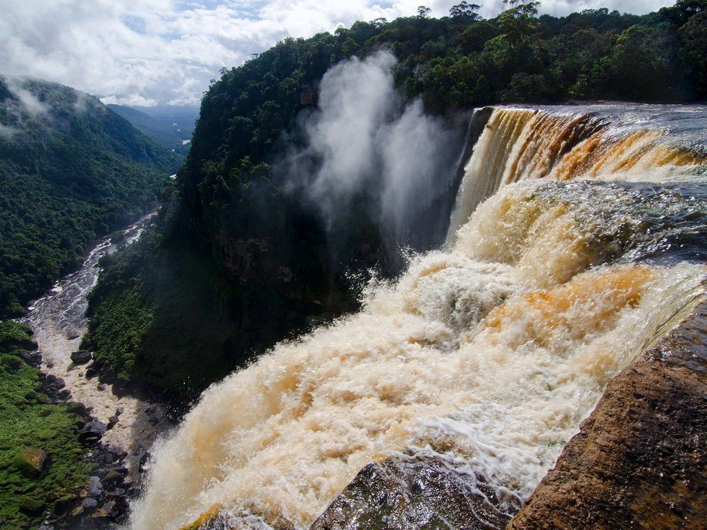 Mystic Falls A Rica Famous Waterfall Around The World