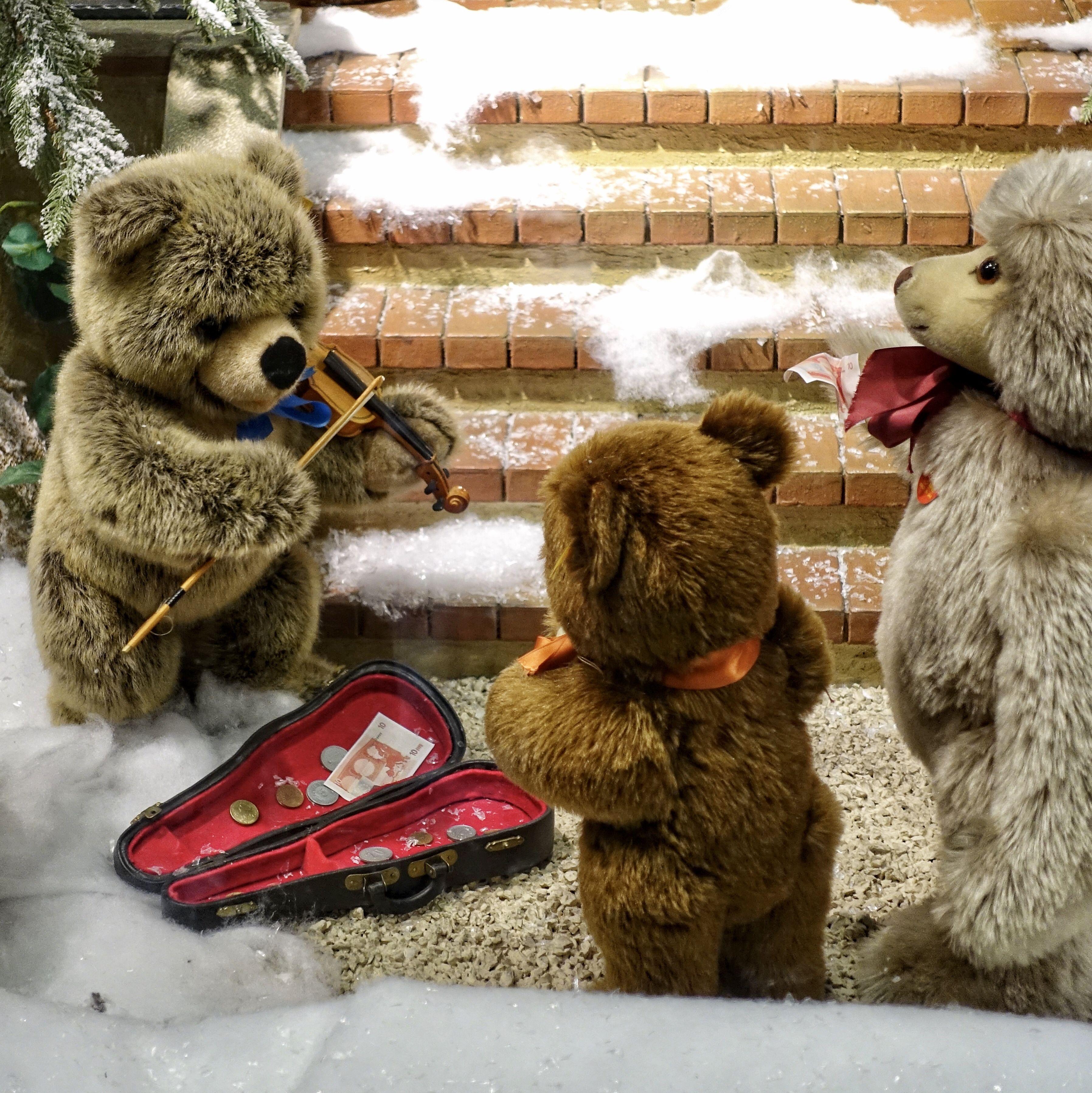 Munich Germany Munchen Deutschland Steiff Weihnachtszauber Am Marienplatz Munchen Deutschland Munchen Weihnachtszauber