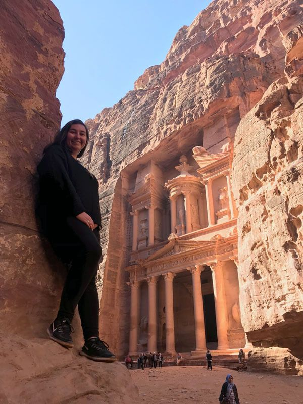 How to Visit Petra: Everything First Timers Need to Know #petrajordan