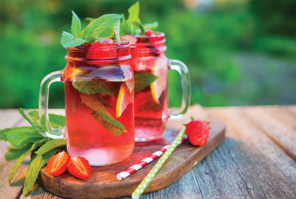 Rose Spritzer Recipe Strawberry Wine Spritzer Recipes Wine Cooler