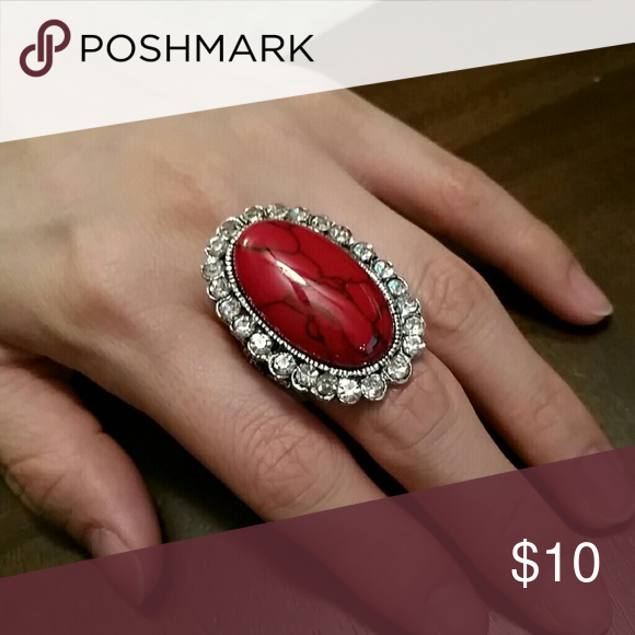Red Gem Multi Stone Ring Beautiful red gem multi stone ring. Jewelry Rings