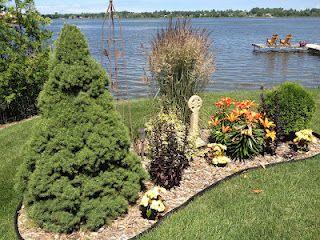 Celtic Cross Lakeside Garden Stonehaven Simple Pleasures Lakeside Garden Simple Pleasures Garden