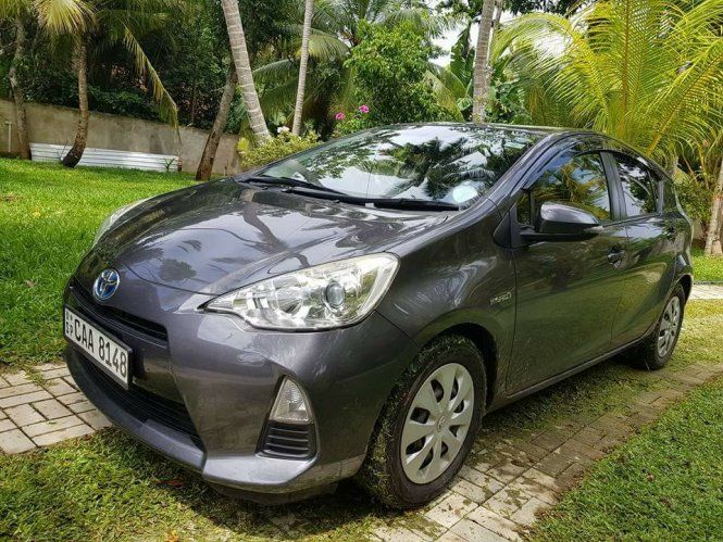Car Toyota Aqua S grade For Sale Sri lanka. CAA