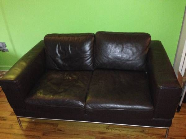Klippan Loveseat Original Price 500 At Ikea I Am Moving Out Of The Country And Selling This Sofa It S Extremely Durable Great For Families With Pets Wohnung