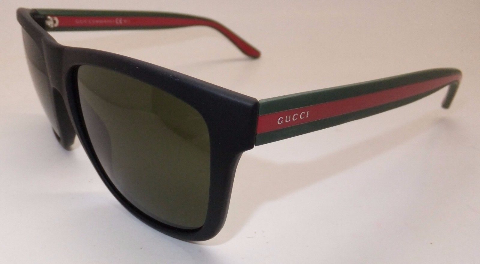 10ad8617ff4 Gucci GG 1118 S M1A1E Men Sunglasses Matte Black Green Red Italy ...