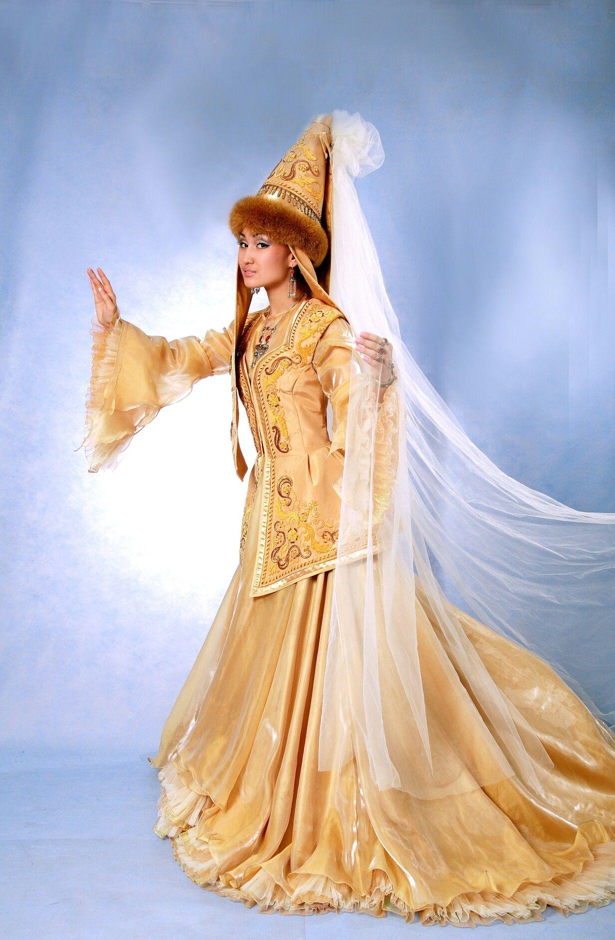 ae0773ad1dc Bridal dress  Невеста Казахское национальное свадебное платье  Модель ЗаринаТурсунова Фотограф ИринаБогачëва