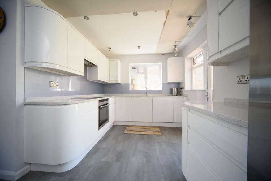 Tolle Diy Netzwerk Küchenfliese Aufkantung Fotos - Küchenschrank ...