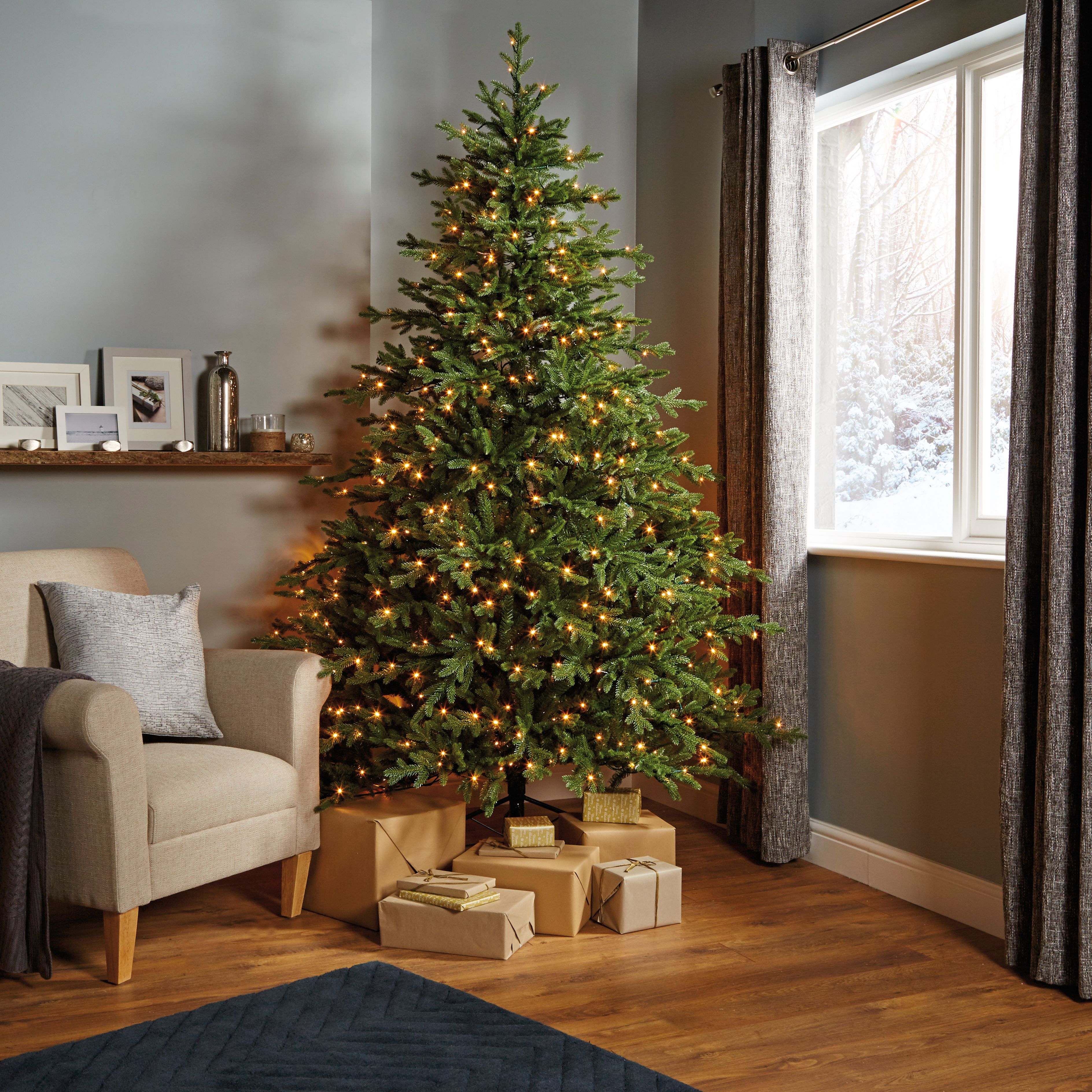 7ft 6In Thetford PreLit LED Christmas Tree Departments
