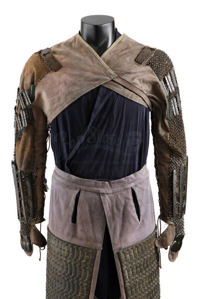 7fd98536c Samurai arming garments (worn under the main cuirass.) The armored sleeves  are 'kote'; the thigh-guards are 'haidate.'