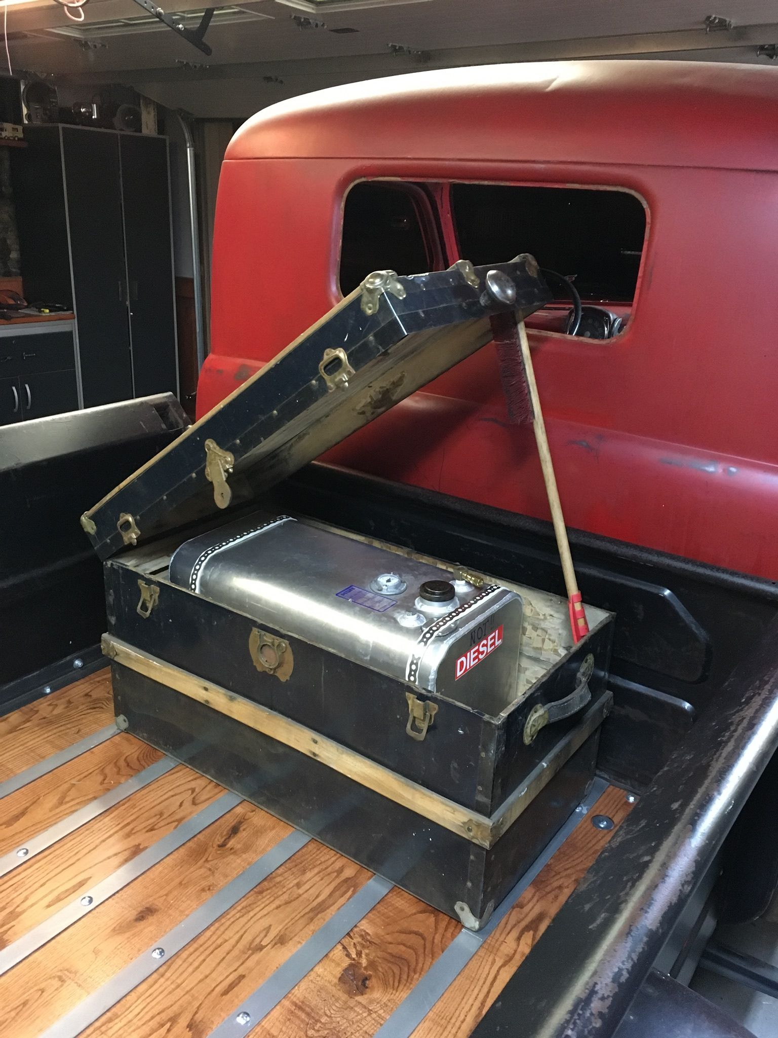 hight resolution of old chest in back of truck to hide the aluminum gas tank