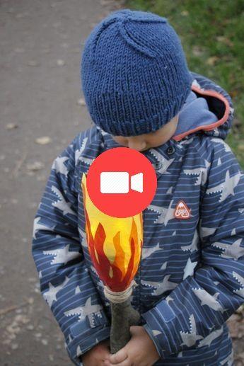 Upcycling-Idee zu Sankt Martin: Flaschen-Fackel basteln #sanktmartinbasteln