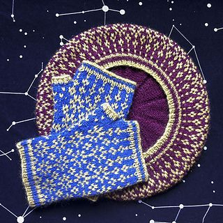 A starry stranded beret to match your Starstuff mitts, featuring a crown of stars around the brim and star-shaped decreases on top.