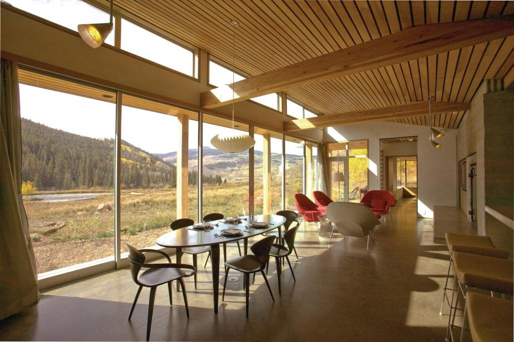 Passive Solar Home Using Sunlight To Get Energy Without