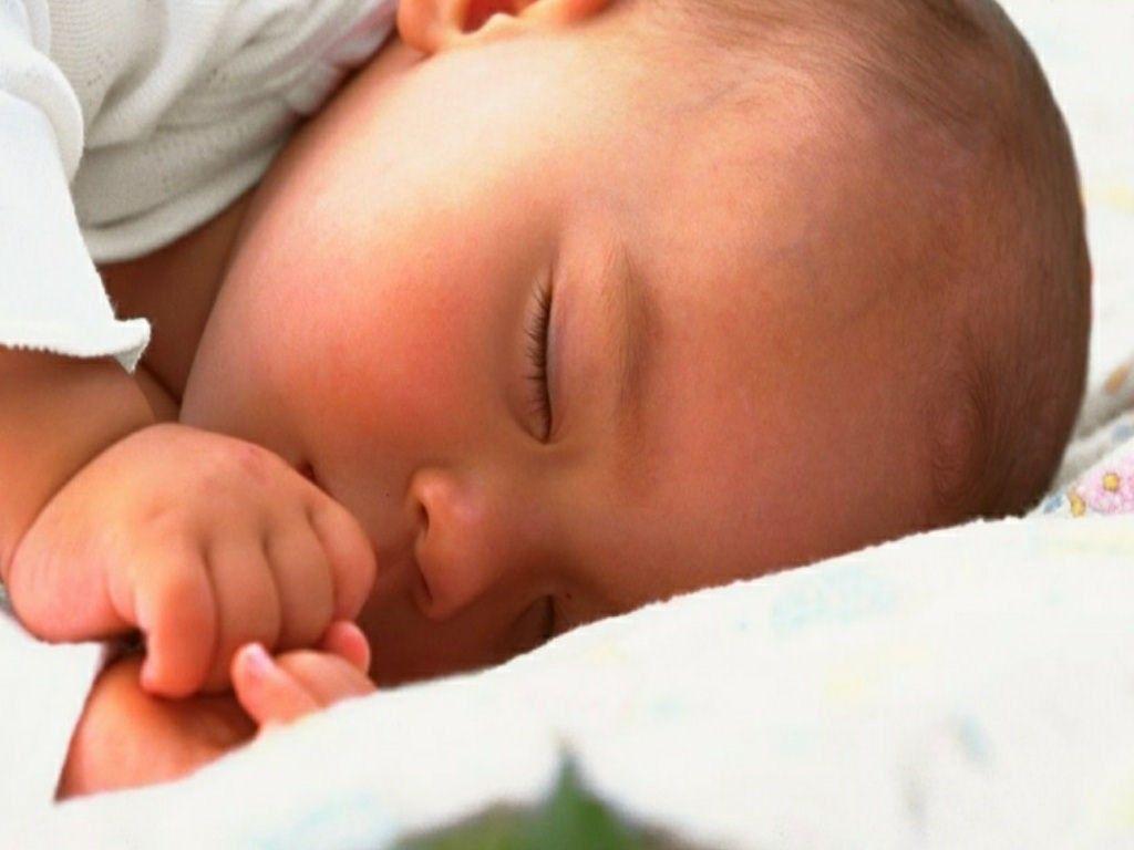 A mamãe e moradora do Damha de Rio Preto, Sofia Benini, dá dicas para ajudar no sono do seu bebê. Página 62.