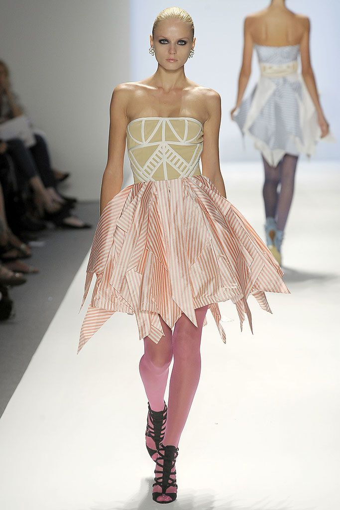 Abaeté Spring 2009 Ready-to-Wear Fashion Show - Nastya Kunskaya