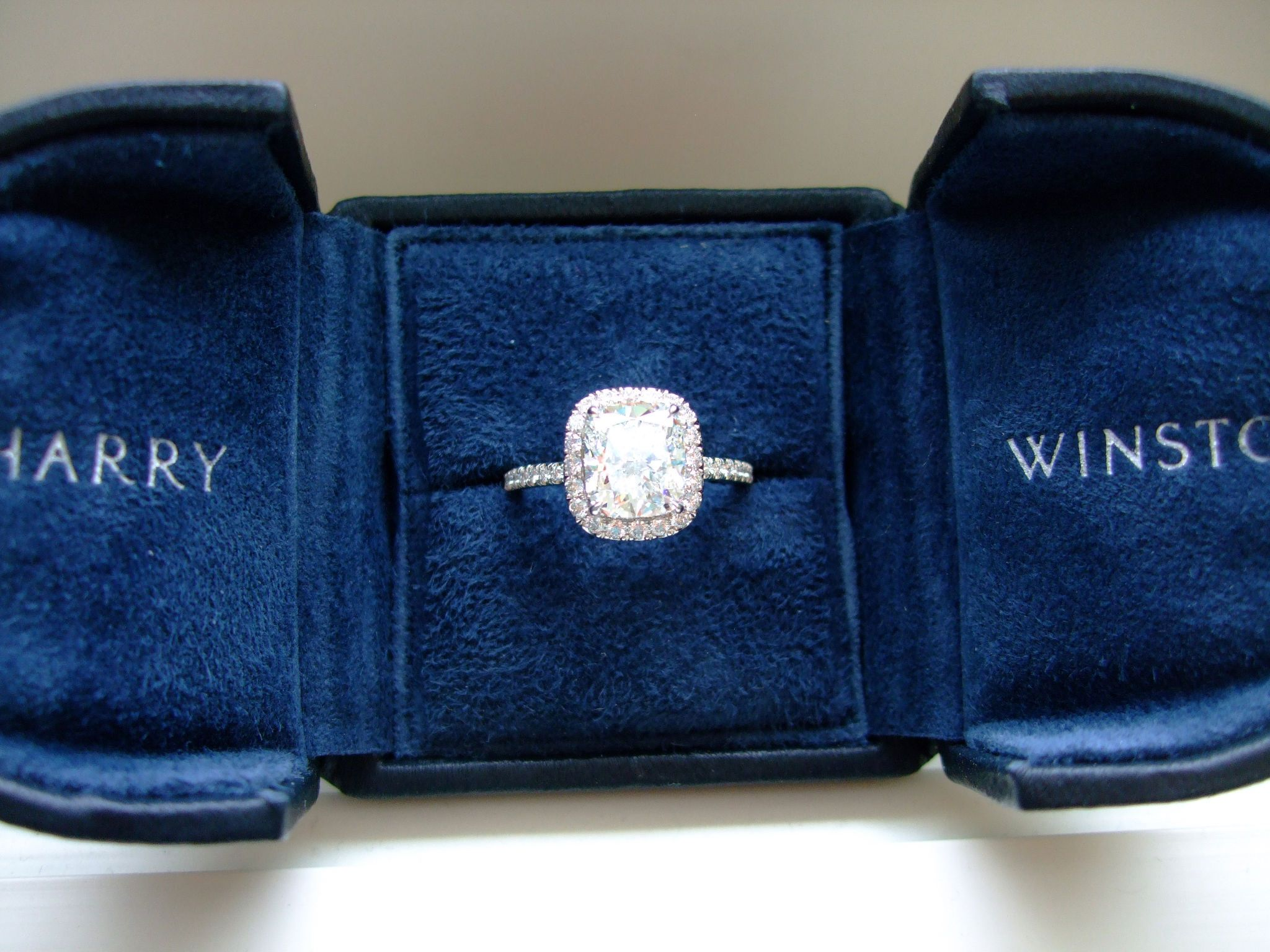 The Ultimate Engagement Ring !!!!!harry Winston !