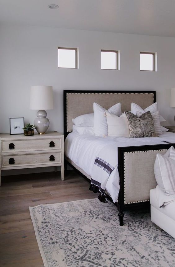 Modern Nightstand Ideas from the Master Bedroom Collection ...