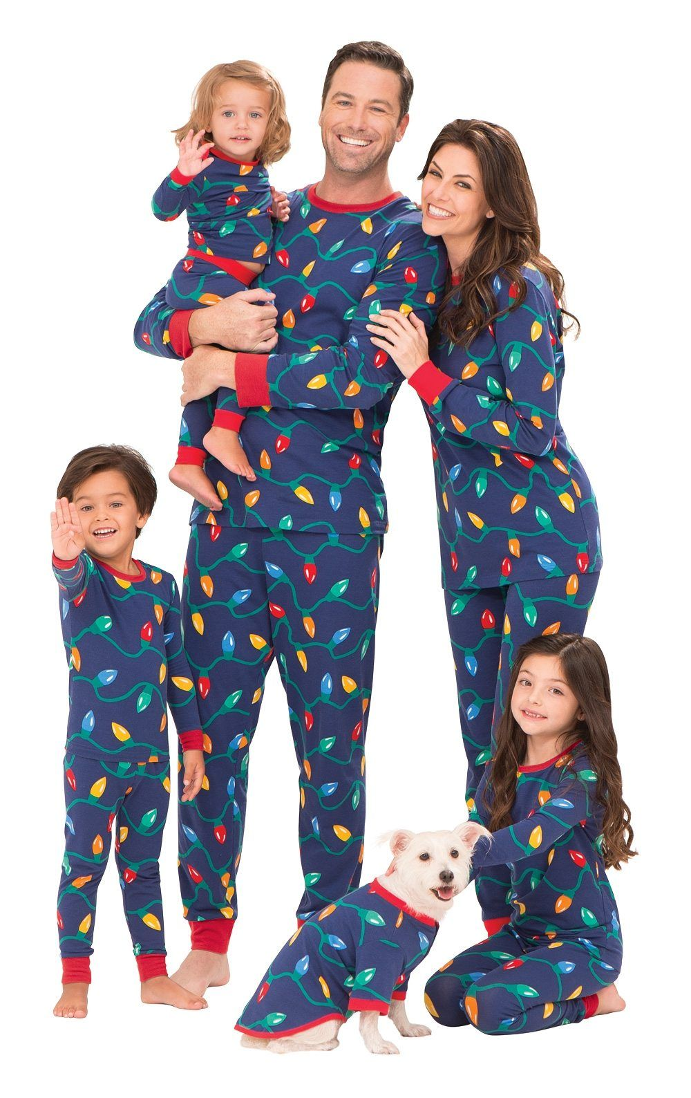 a79e6a76f84 16 Matching Family Pajamas For A Cute And Cozy Holiday Season ...