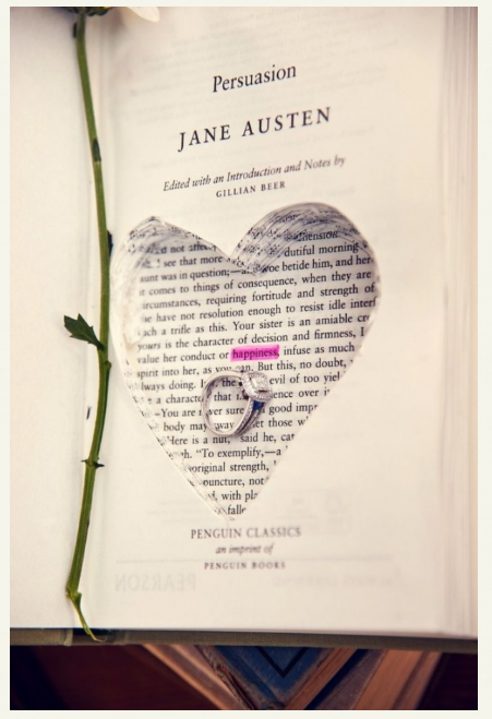 Your Girlfriend Is A Bookworm How About Proposing This Way With Her