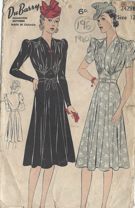 1940s Vintage Sewing Pattern DRESS B30\