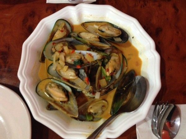 south philly food tour khmer kitchen s red curry mussels cambodian food