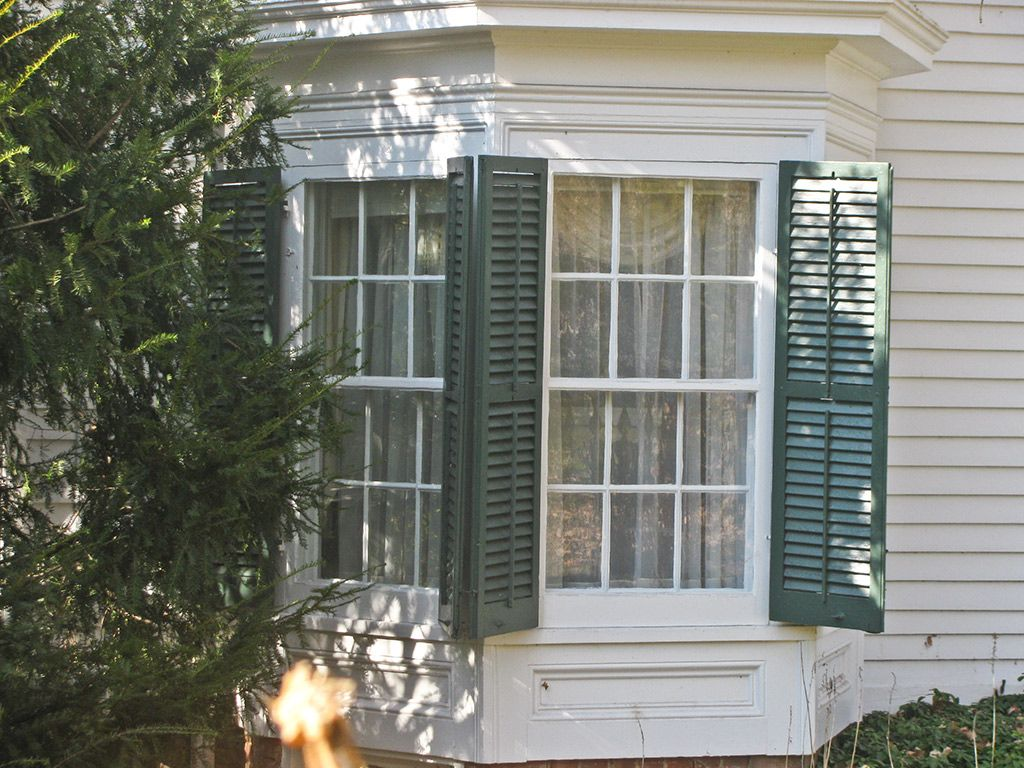 Hanging shutters on bay windows can be confusing. Many people omit shutters  from bay windows