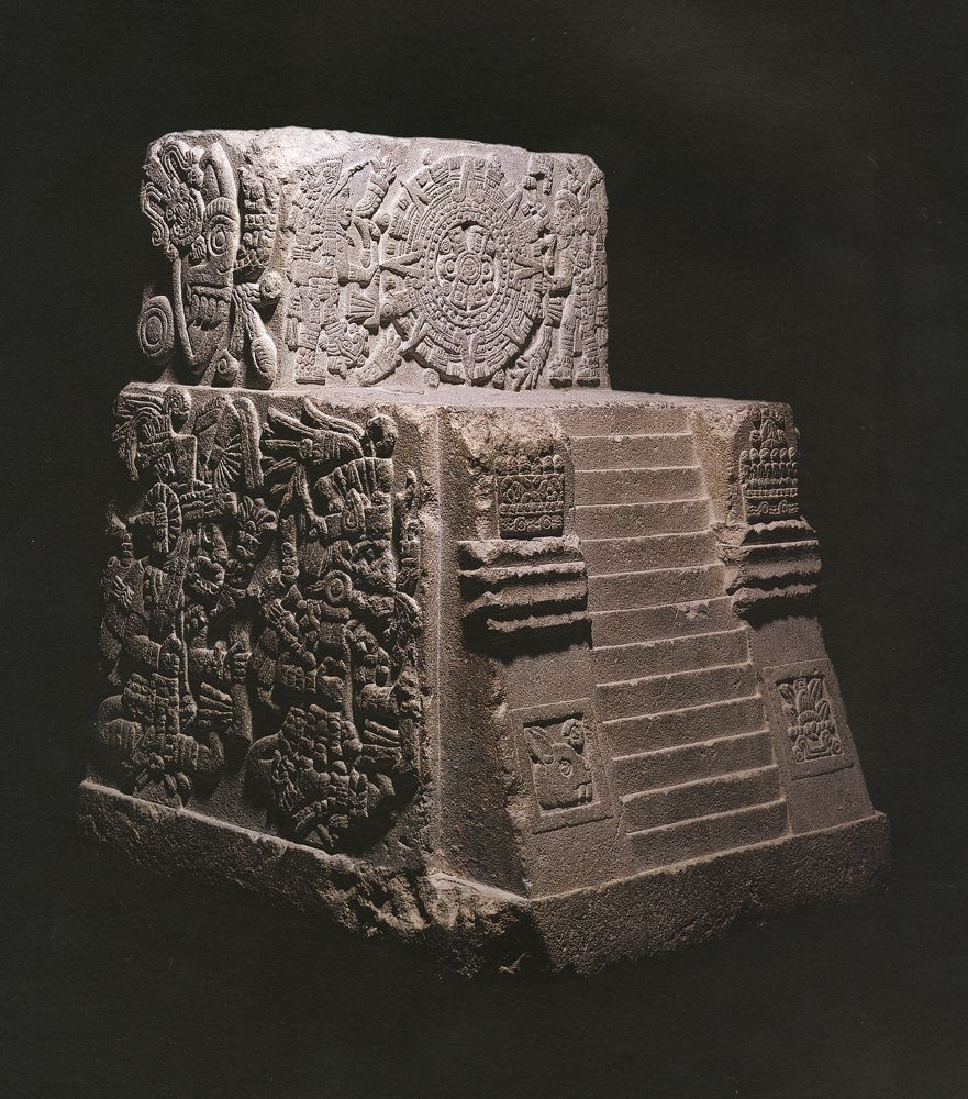 the ancient aztecs and montezuma 1502 - montezuma ii becomes ruler of the aztec empire  as in many ancient  societies the rich were able to live luxurious lives, but the common people had to .