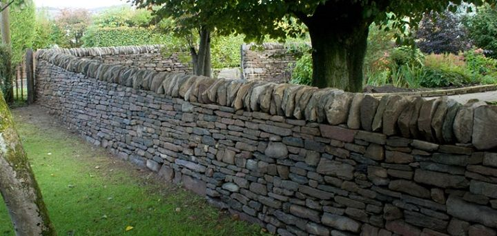 The Art Of The Dry Stack Stone Wall Dry Stone Wall Stone Landscaping Stone Wall