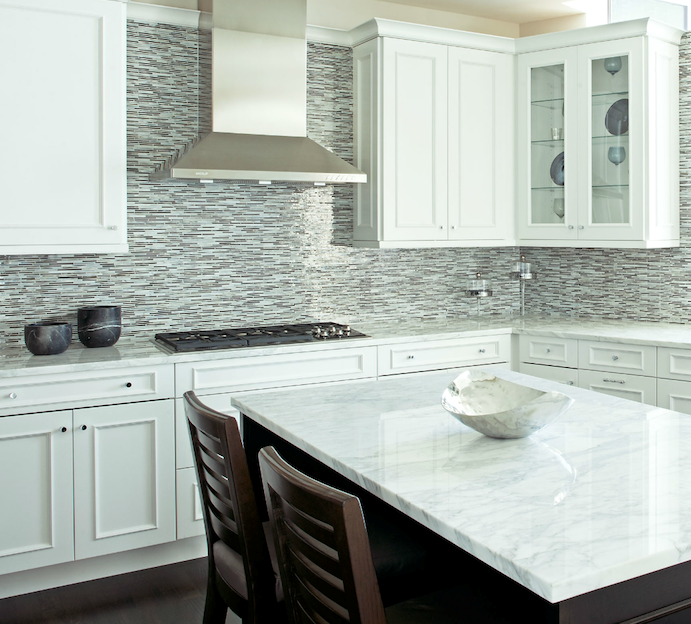 Backsplash For Kitchen With White Cabinet: This Backsplash And Dark Wood Island Base Would Be A Great