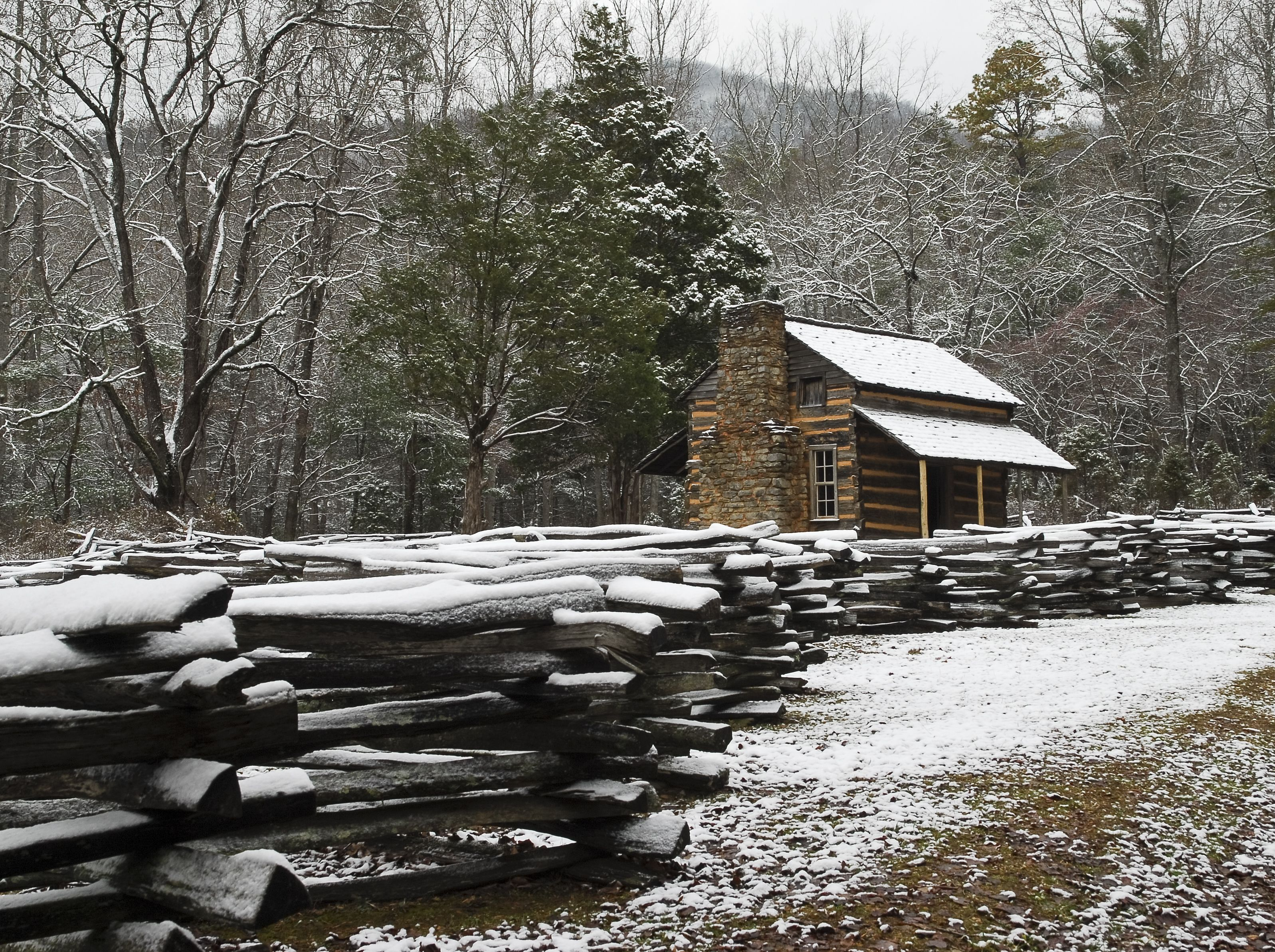 smokies in cabins cabin tn hideaway bedroom heavenly forge rental pigeon affordable sevierville the