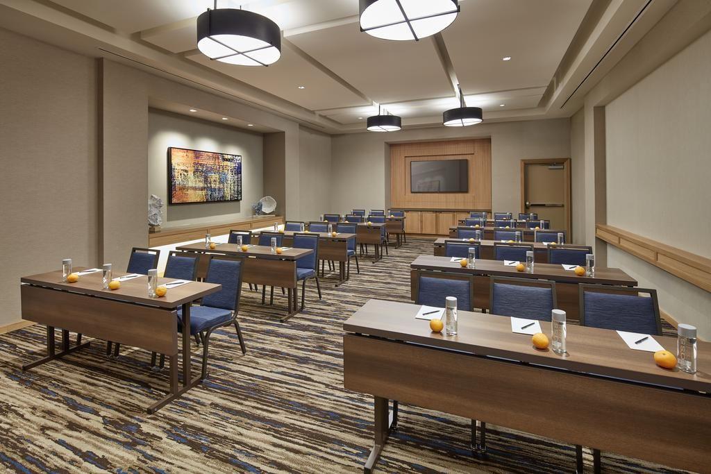 Booking Com Homewood Suites By Hilton San Diego Hotel Circle Seaworld Area San Diego Usa 999 Guest Re House In The Woods Homewood Suites San Diego Hotels