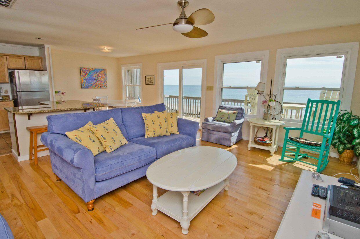Dream catcher west a 3 bedroom oceanfront rental duplex in