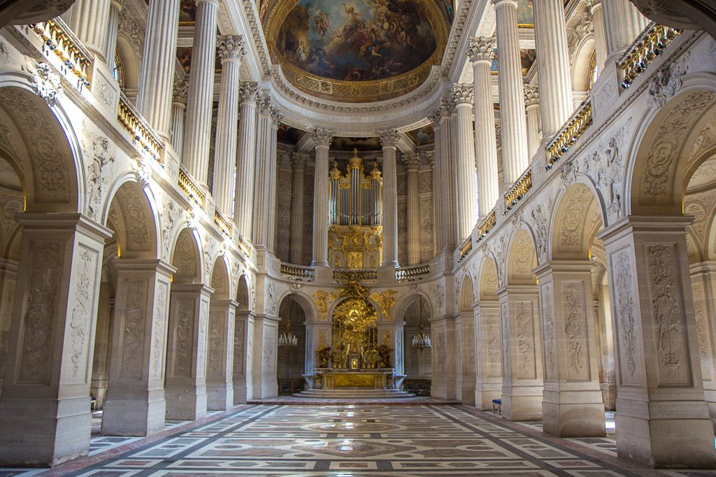 Rooms: The Palace Of Versailles And The Hall Of Mirrors, France