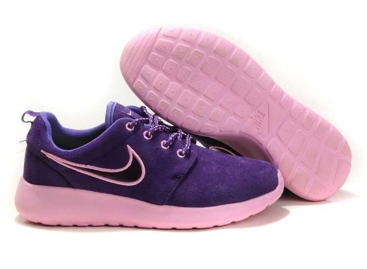 personnalisés chaussures Nike - Sunshine Nike Roshe Run Suede Trainers Ladies Gray LightPink ...
