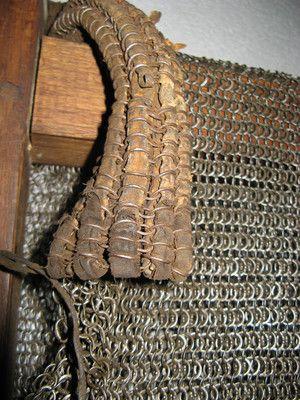 Kettenhemd mit lederdurchwirktem Halskragen, deutsch um 1500