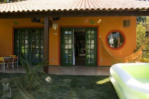 Casa pintada de laranja