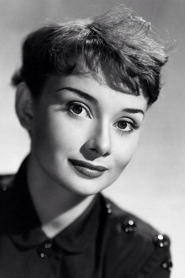 Pin By Liliana De On Audrey Hepburn Pinterest Audrey Hepburn