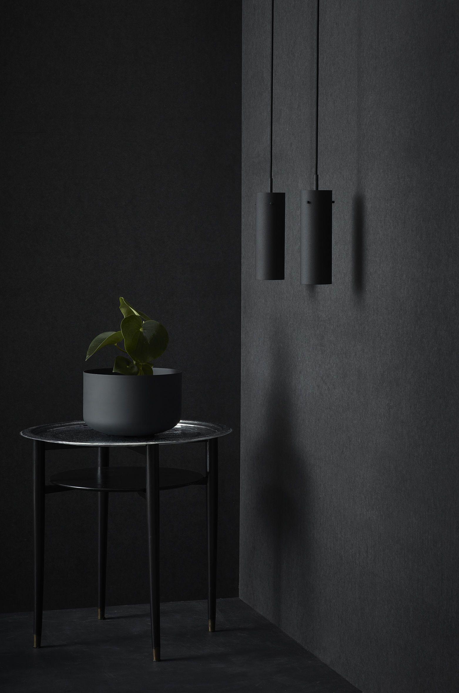 Suspension FM 2014 / Ø 5,5 x H 36 cm Noir - Rewired - Décoration et ...