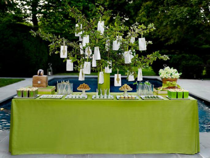 Decoracion de baby shower de color verde menta dorado y - Decoraciones en color plata ...