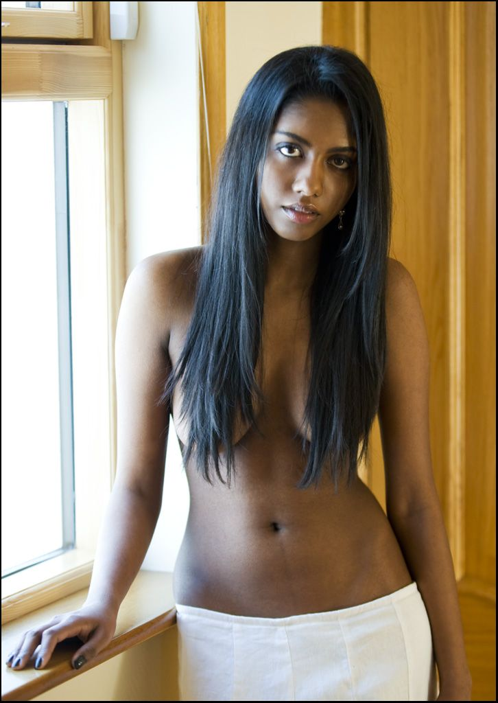 dark skin naked girls