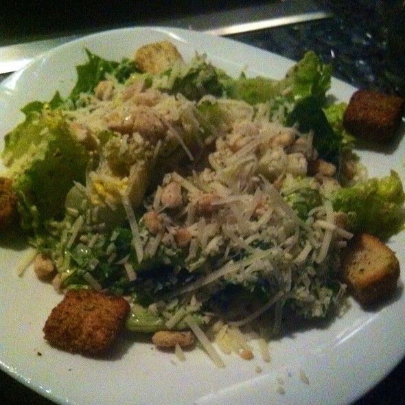 CAESAR SALAD The Melting Pot Restaurant Copycat Recipe 4 cups Romaine lettuce, chopped 1/2 cup seasoned croutons 2 tablespoons Parm... #themeltingpot CAESAR SALAD The Melting Pot Restaurant Copycat Recipe 4 cups Romaine lettuce, chopped 1/2 cup seasoned croutons 2 tablespoons Parm... #meltingpotrecipes