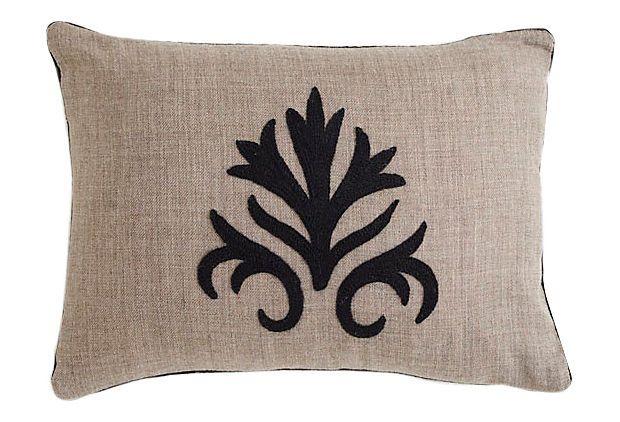 Floral Medallion Kidney Pillow Burlap On Onekingslane Com Pillows Pillows Floral Crewel Pillow
