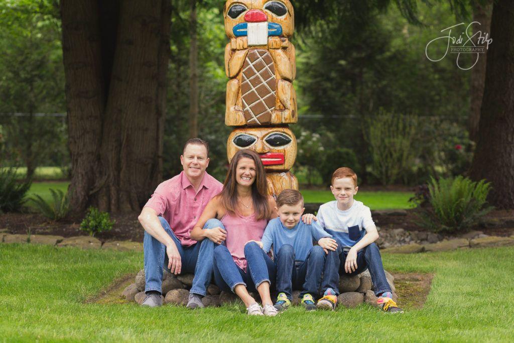 family portraits, spring portraits, Jodi Stilp Photography, LLC., totem pole