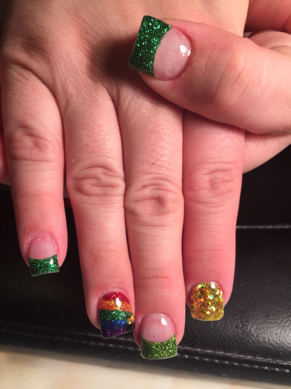 Saint Patrick\'s day nails | daughter quotes | Pinterest | Diseños de ...